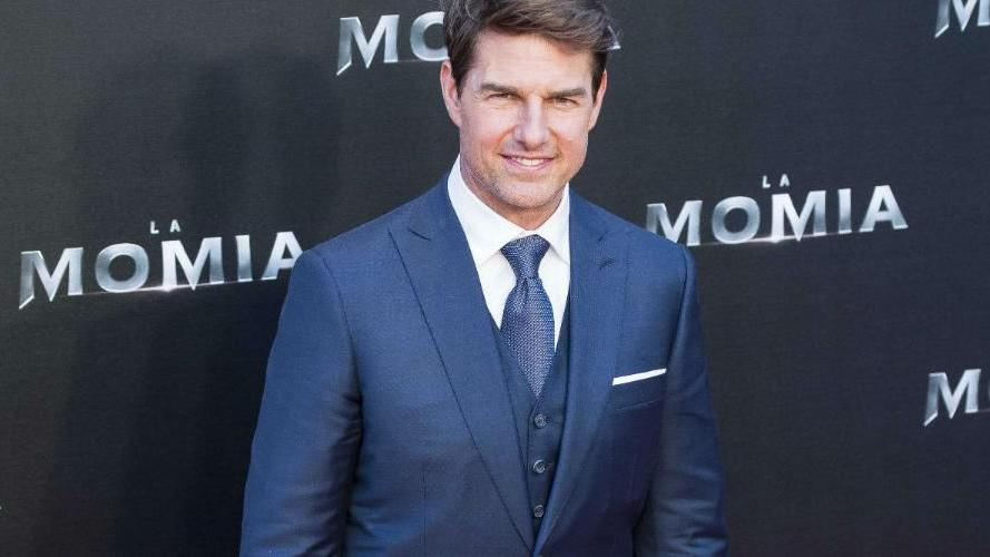 Tom Cruise reveals Top Gun sequel title   Movies ...
