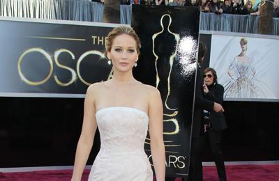 Jennifer Lawrence: I confronted Anderson Cooper after he said I faked my Oscars fall