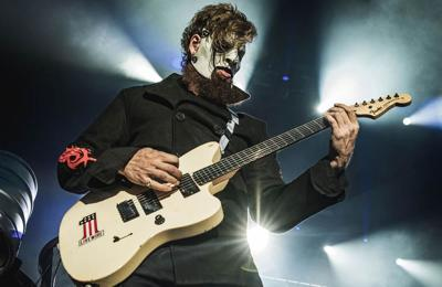 Slipknot's Jim Root visited by late Paul Gray in 'bizarre' dreams