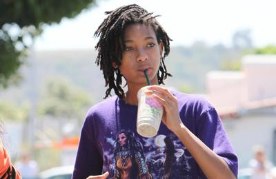 Willow Smith wants to be in a polyamorous relationship