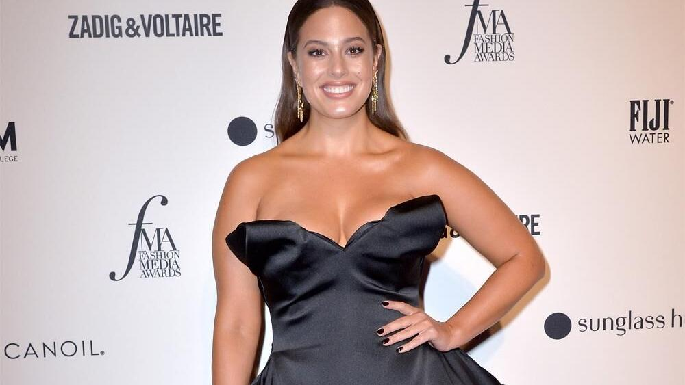Ashley Graham Shows Off Her Pregnancy Stretch Marks, But