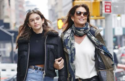 Cindy Crawford's hair has 'caught up to her face'