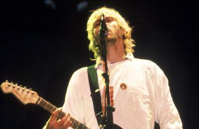 Fender re-issues Kurt Cobain's Jag-Stang guitar