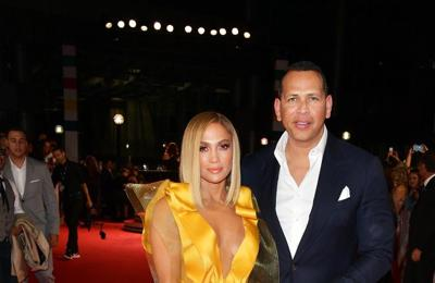 Alex Rodriguez: Jennifer Lopez is a 'triple threat'