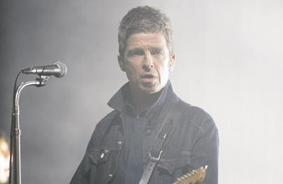 Noel Gallagher hates being centre of attention in music videos