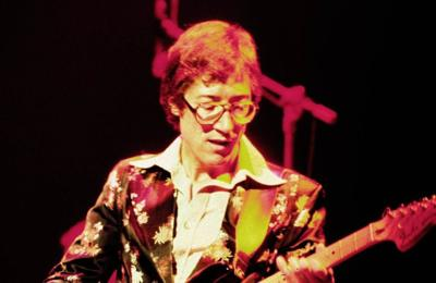 Hank Marvin rules out Shadows reunion