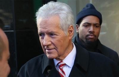 Alex Trebek returns to Jeopardy after cancer treatment