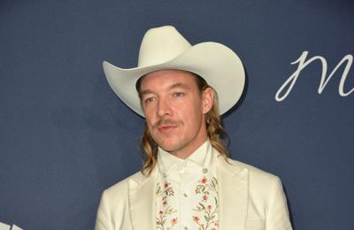 Quenlin Blackwell defends living with Diplo