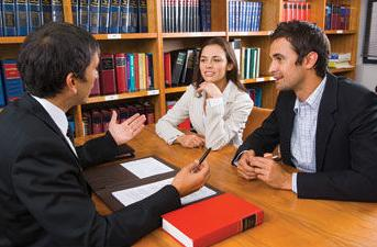 distinctions between wills and trusts
