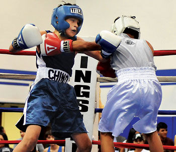 Chino Youth Boxing Gobbler Gloves Show