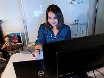 Lisa Moe teaches an online class