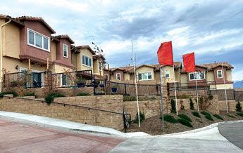 Lago Los Serranos townhome developmen