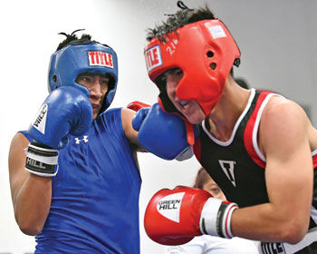 Gobbler Gloves boxing show draws 40 fighters to Chino