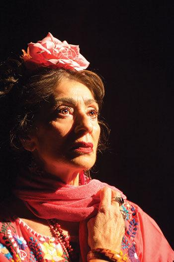 Linda Bustillos as Frida Kahlo