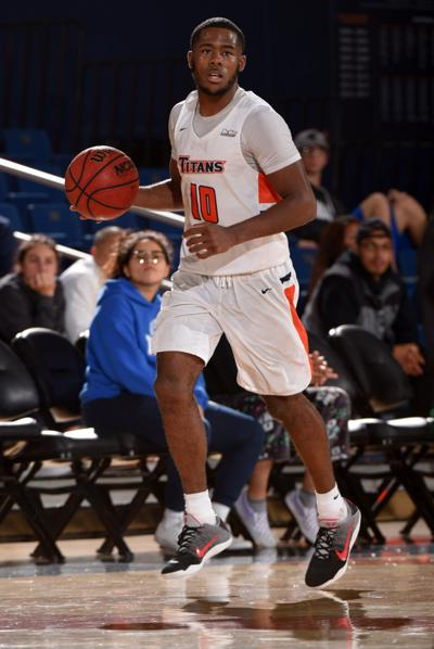 Former Ayala High basketball standout Awosika signs with pro contract with BC Raiffeisen Flyers Weis in Austria