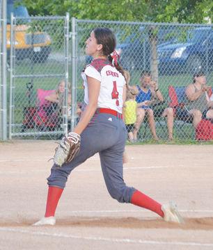 Grace Bengtson pitching