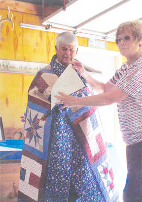 Goering receives National Quilt of Valor