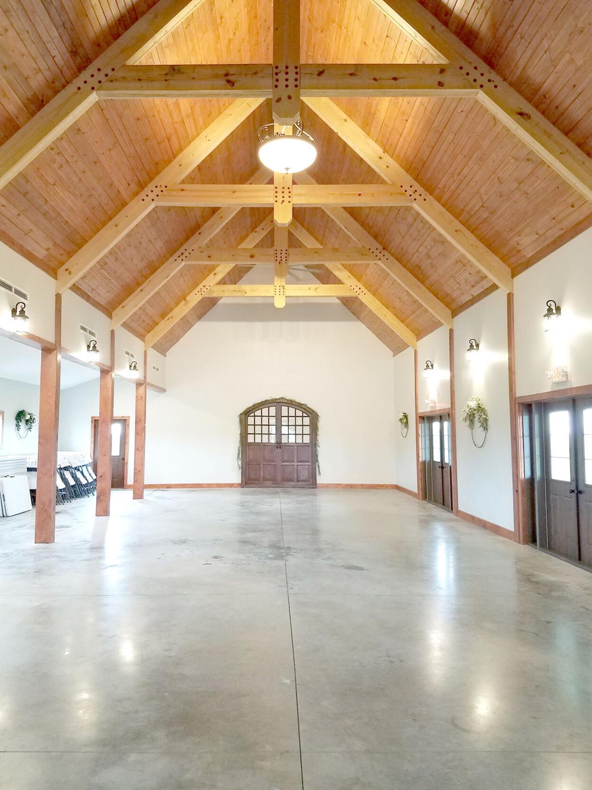 R Iowa Barn 2.jpg