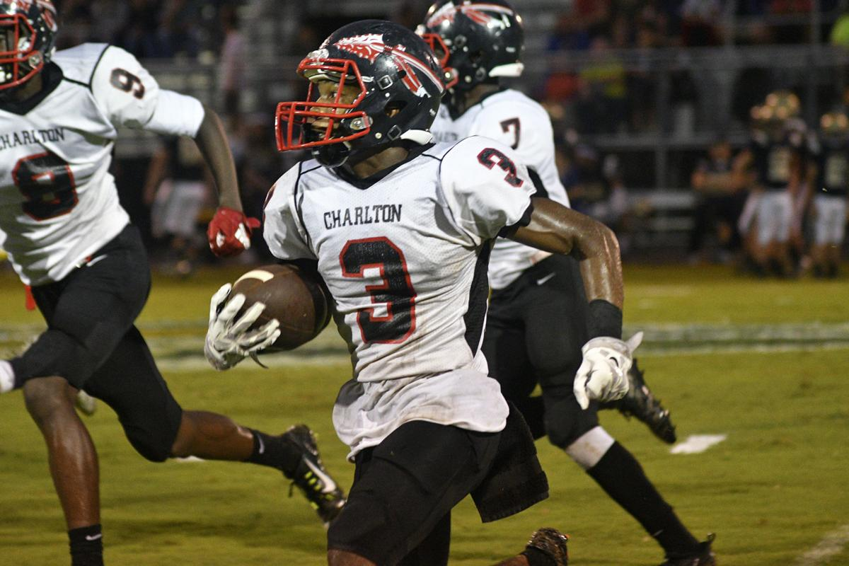 Brantley runs past the Indians, 34-16