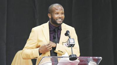 Bailey Inducted Into Pro Football Hall of Fame