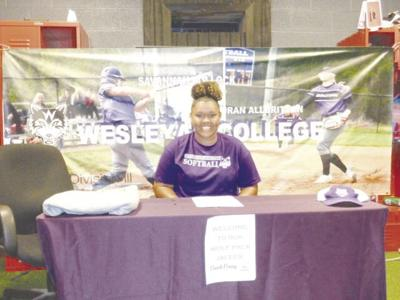 Jalees Murphy signs to play  softball at Wesleyan College