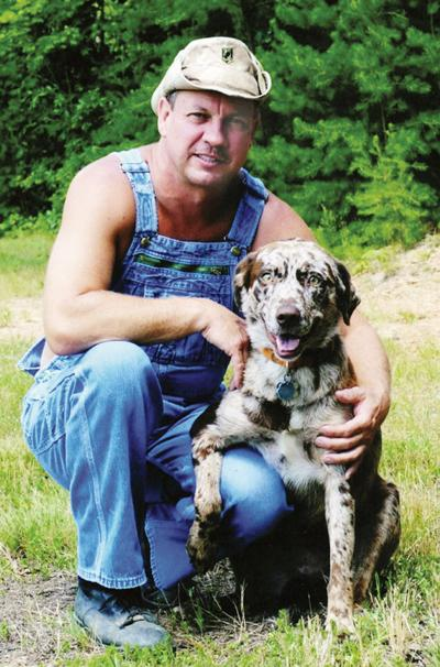 Moonshiners Star S Dog Camo Shot In Climax News