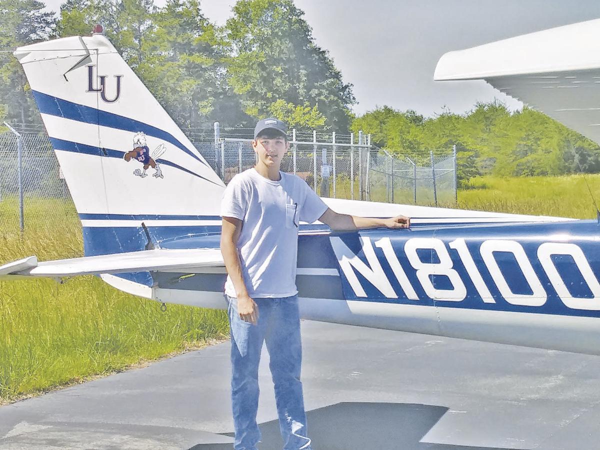 Flying solo: Gretna youth takes flight