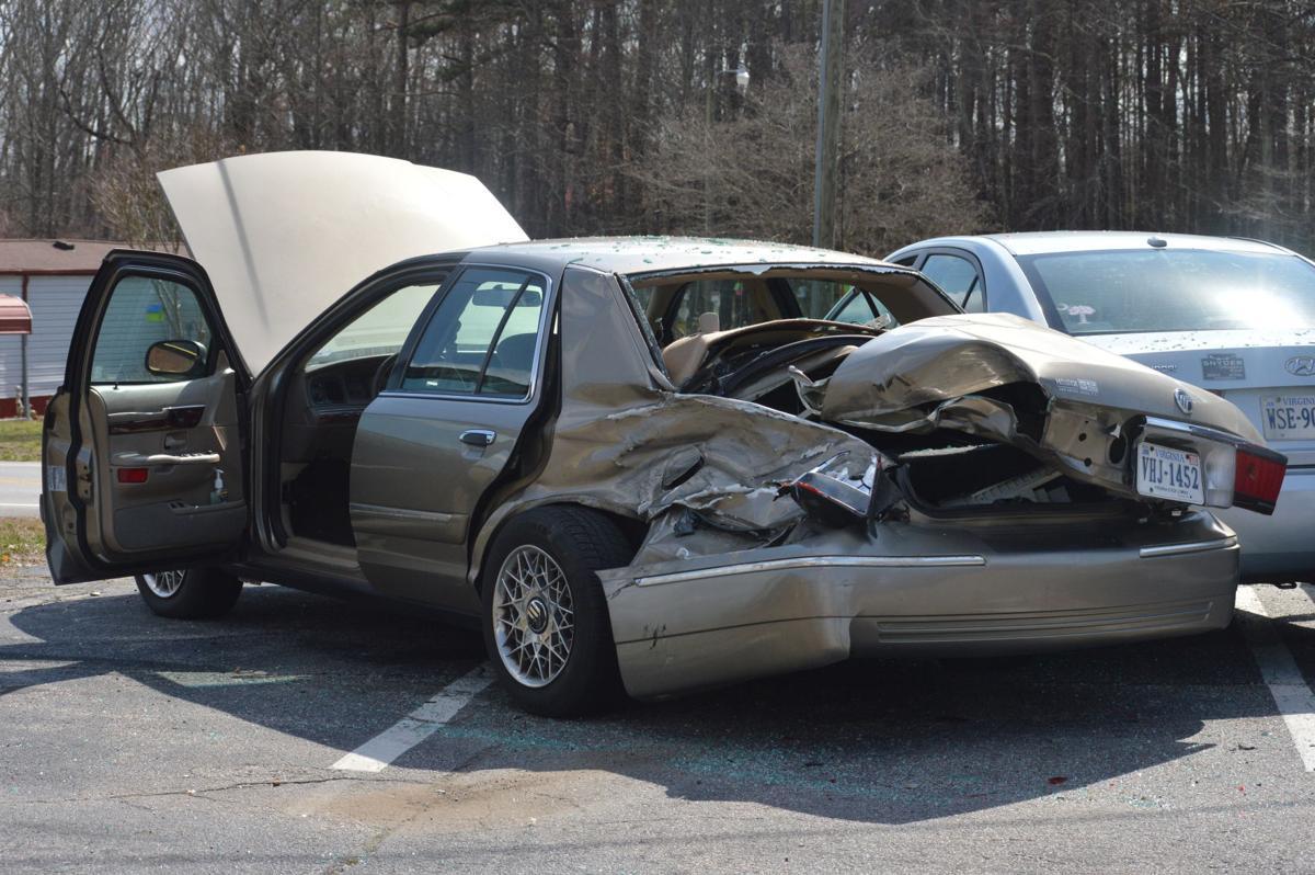 Six cars involved in crash near Kentuck Elementary