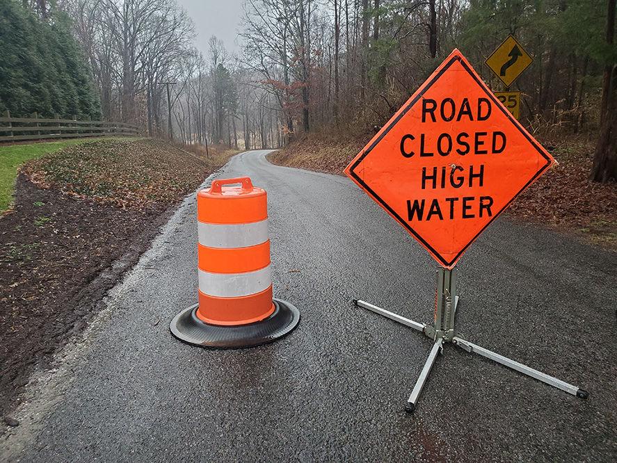 davis rd flood sign.jpg