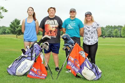 Golf letter winners