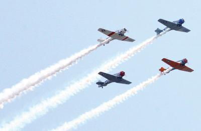 Flyover planes