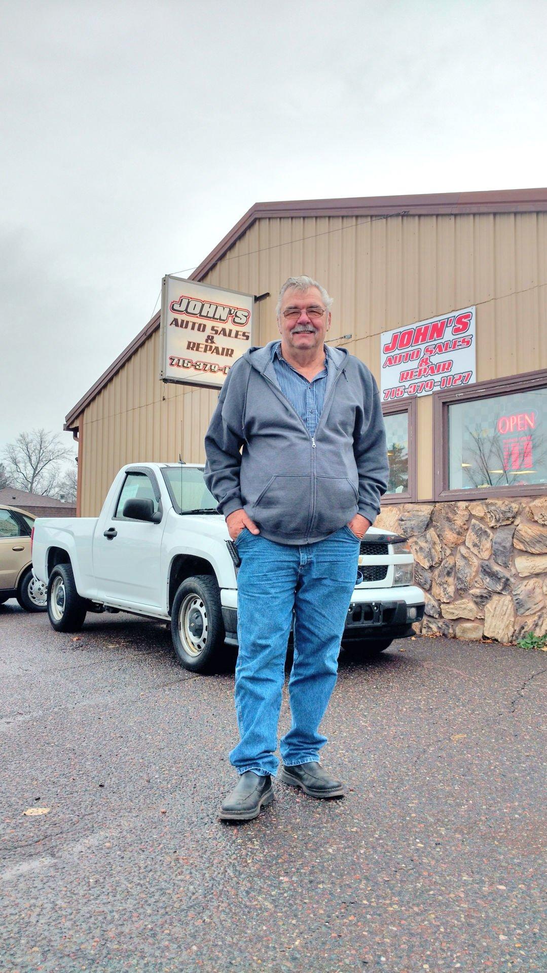 New auto sales repair shop open Business