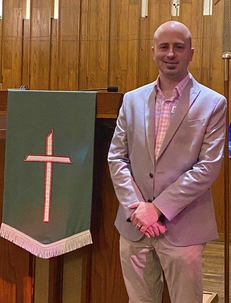 Expect the unexpected — First Methodist pastor brings stagecraft, suspense to the pulpit