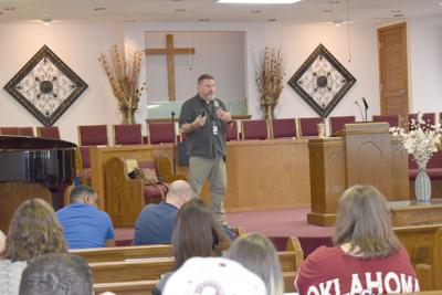 Homeland Security gives active shooter presentation in Ninnekah