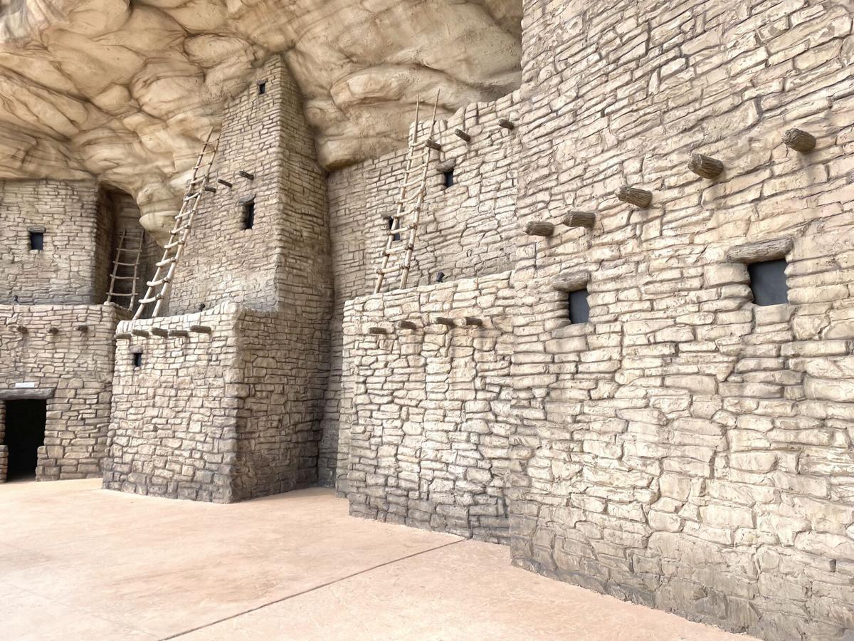 Puebloan cliff dwelling