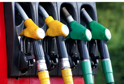 GasBuddy: Gas prices fall 17 cents, biggest drop in last decade