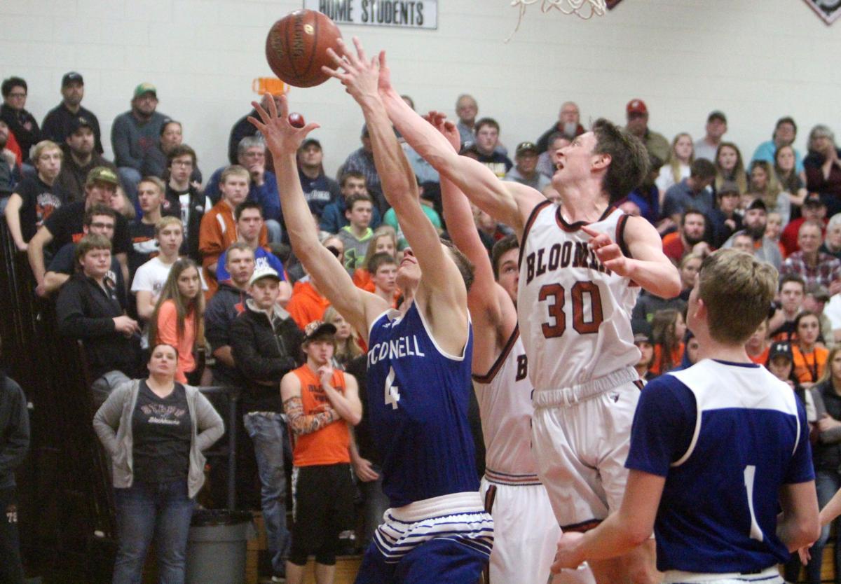 McDonell at Bloomer boys basketball 2-18-17