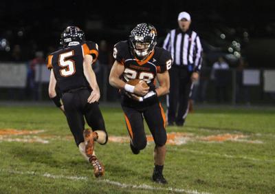 Stanley-Boyd at Elk Mound football 10-19-18