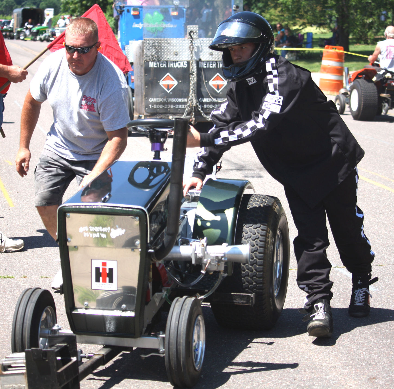 Garden tractor pull highlights Saturdays Jamboree Days