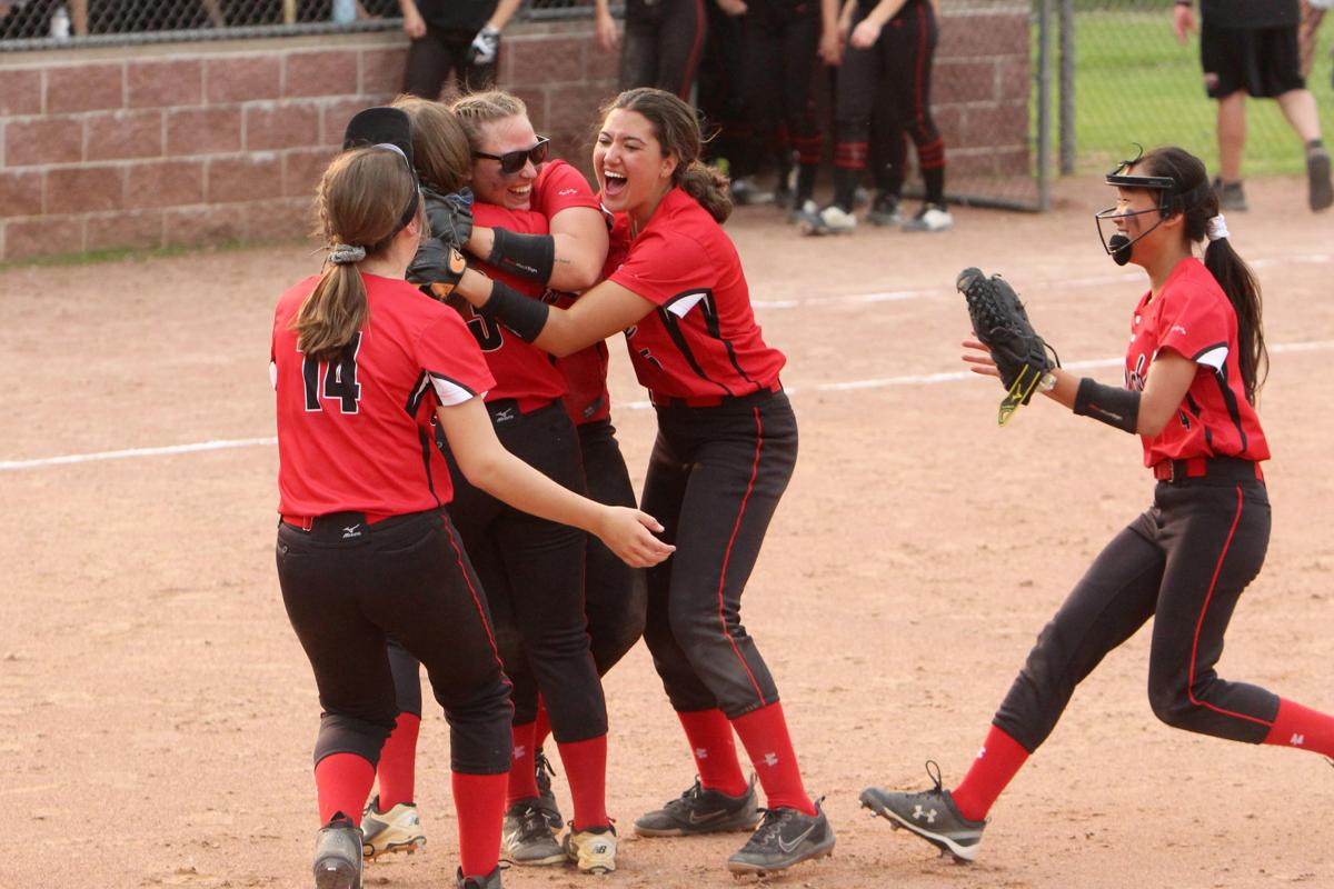 Chi-Hi vs Stevens Point softball at D.C. Everest 5-30-19