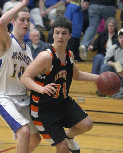 2 16 Hoops Roundup Bloomer Boys Clinch Heart O North Title