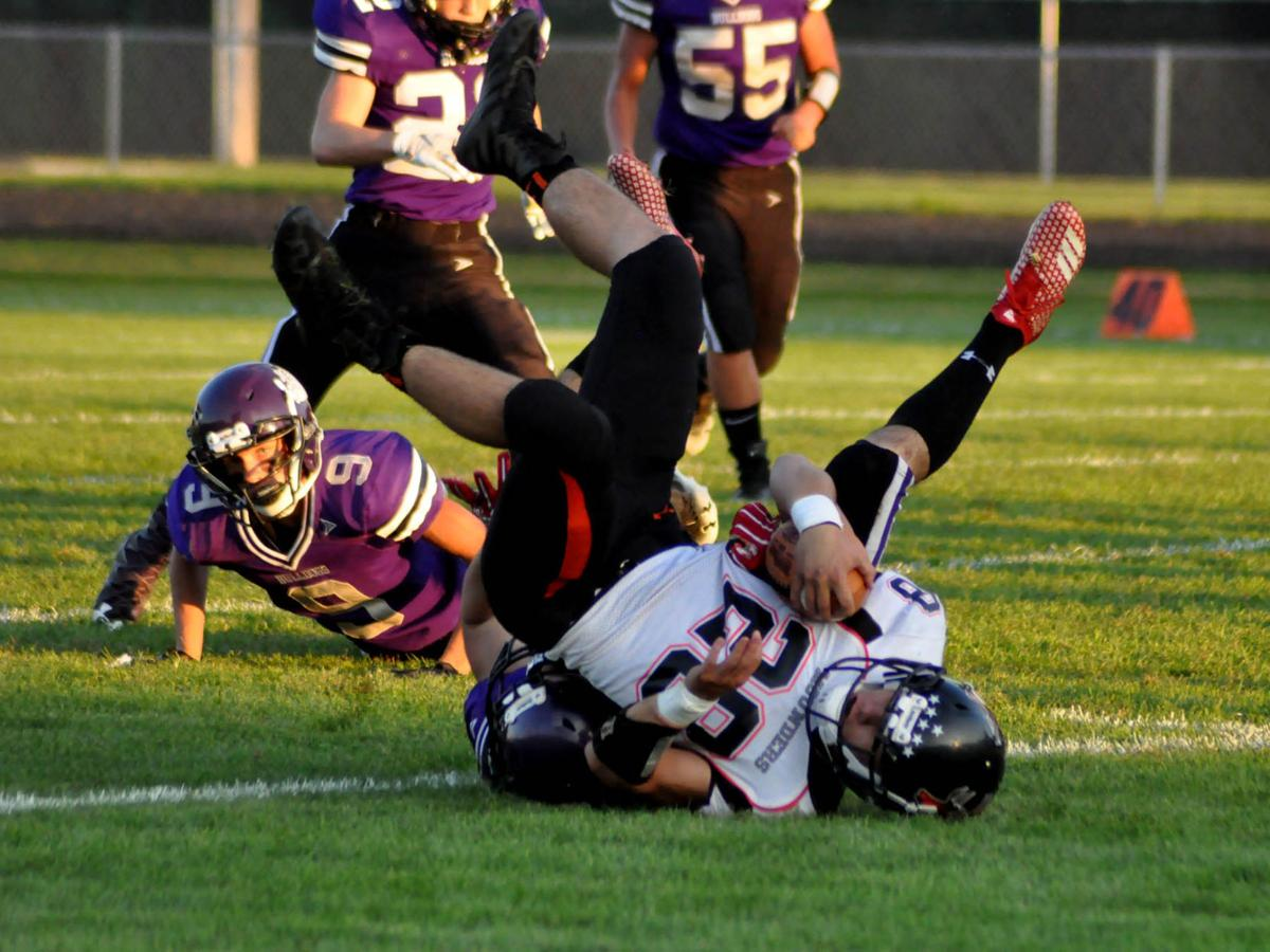 Hollister tackle