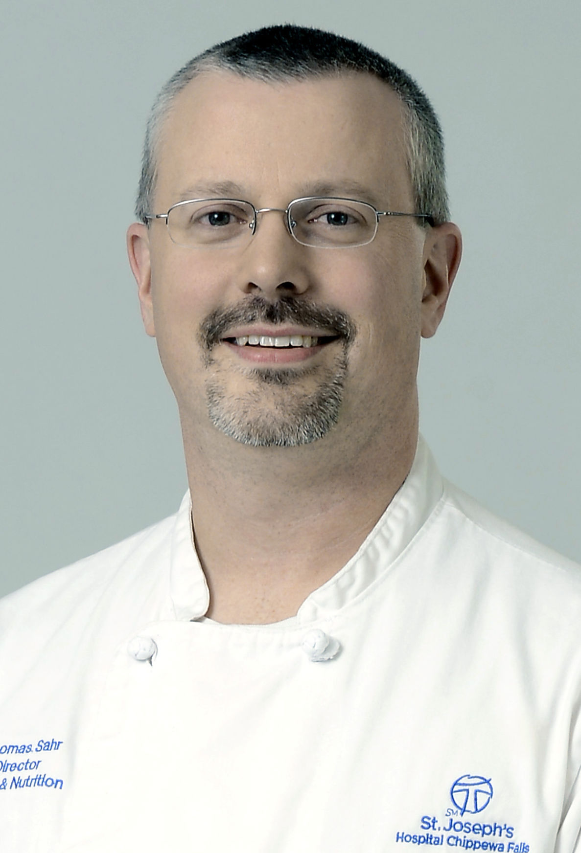 Thomas Sahr headshot