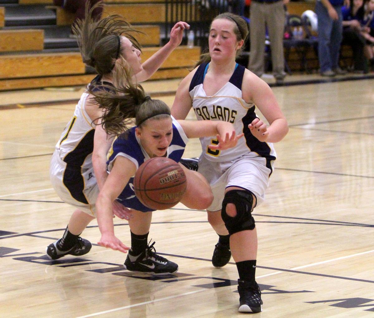 Photos New Auburn Girls Basketball Season 2015 16