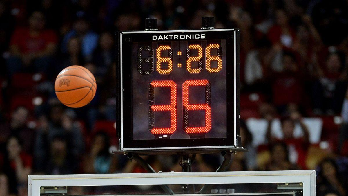 Shot clock photo