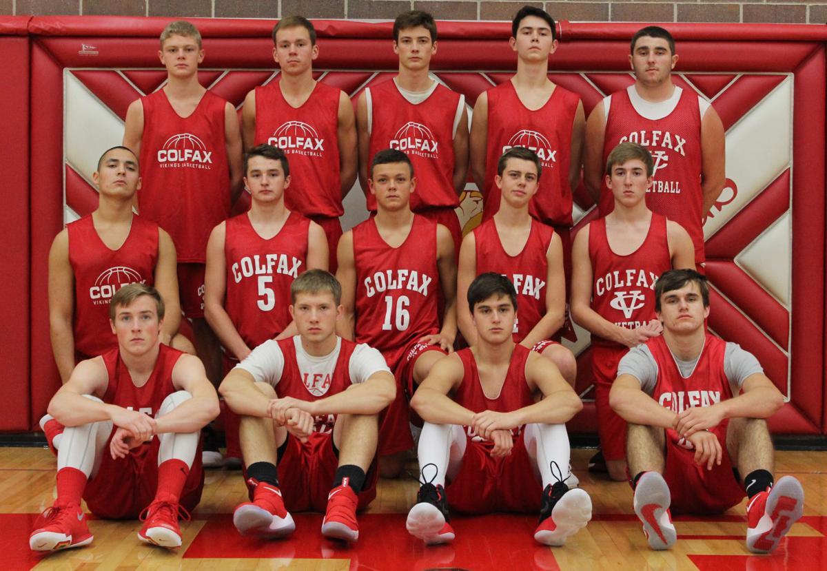 The 2017-18 Colfax boys basketball team