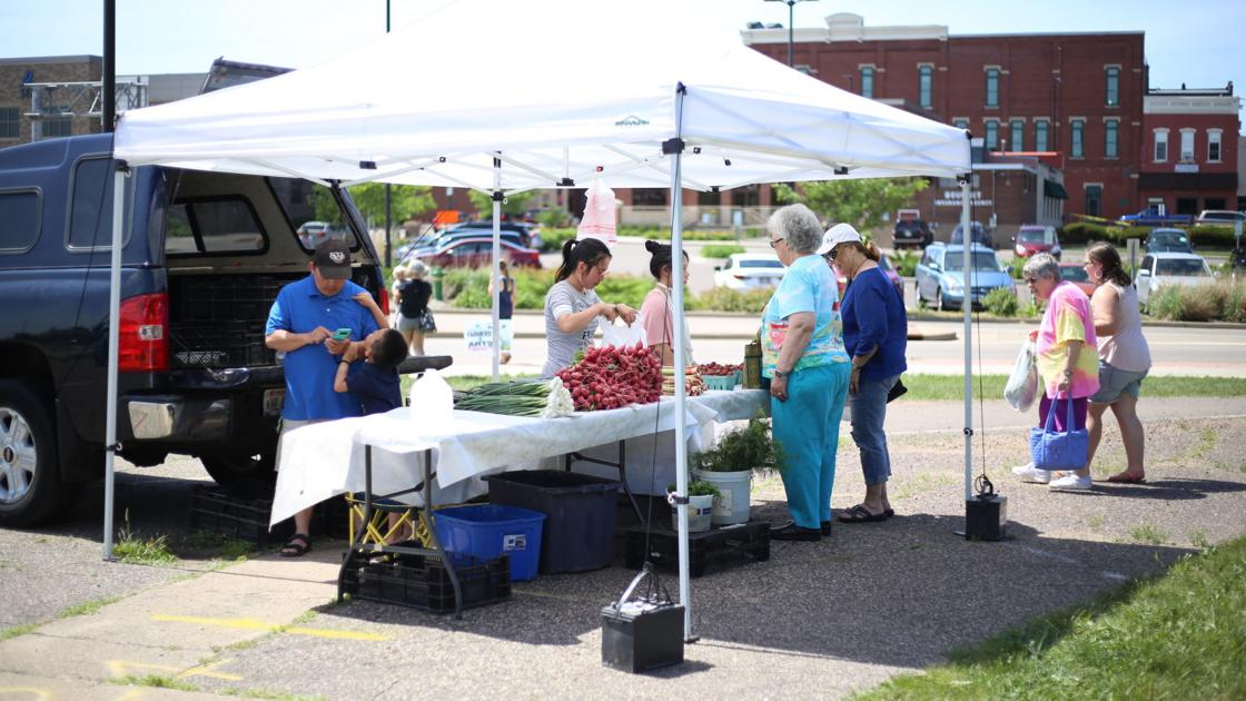 First farmers market draws artists, farmers, book lovers   Local ...
