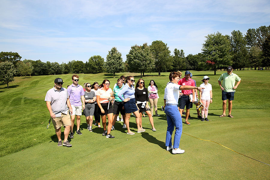 University golf event, organized by students, to raise money