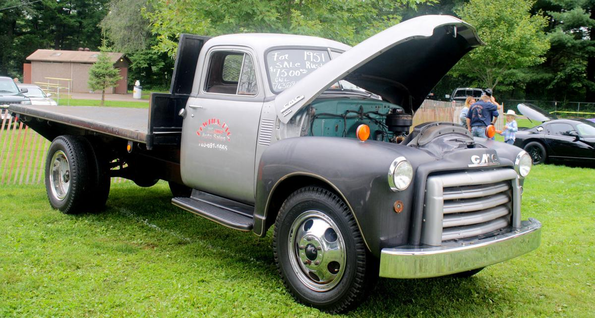 Sturgeon Fest In Jim Falls Features Car Show In The Park
