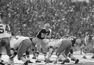 Packers  Memories of Ice Bowl are frozen in time  d6e877d4d